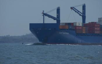 Cargo à la sortie de Carthagène