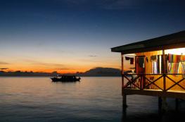 Soirée sur Mabul, l'île bien nommée